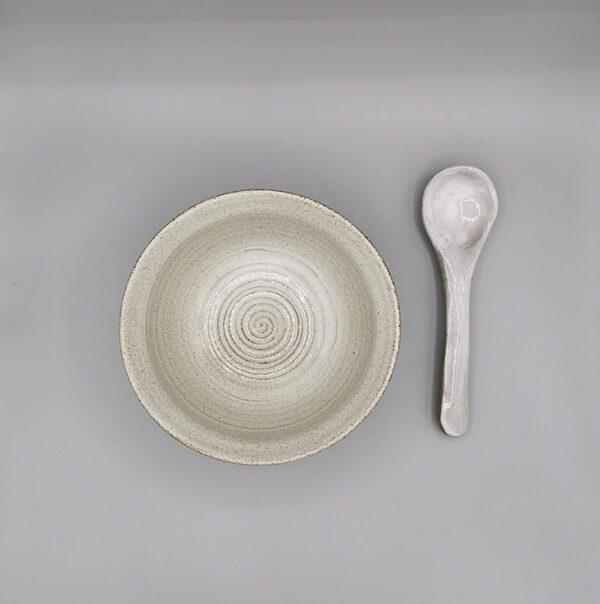Zuppiera e cucchiaio